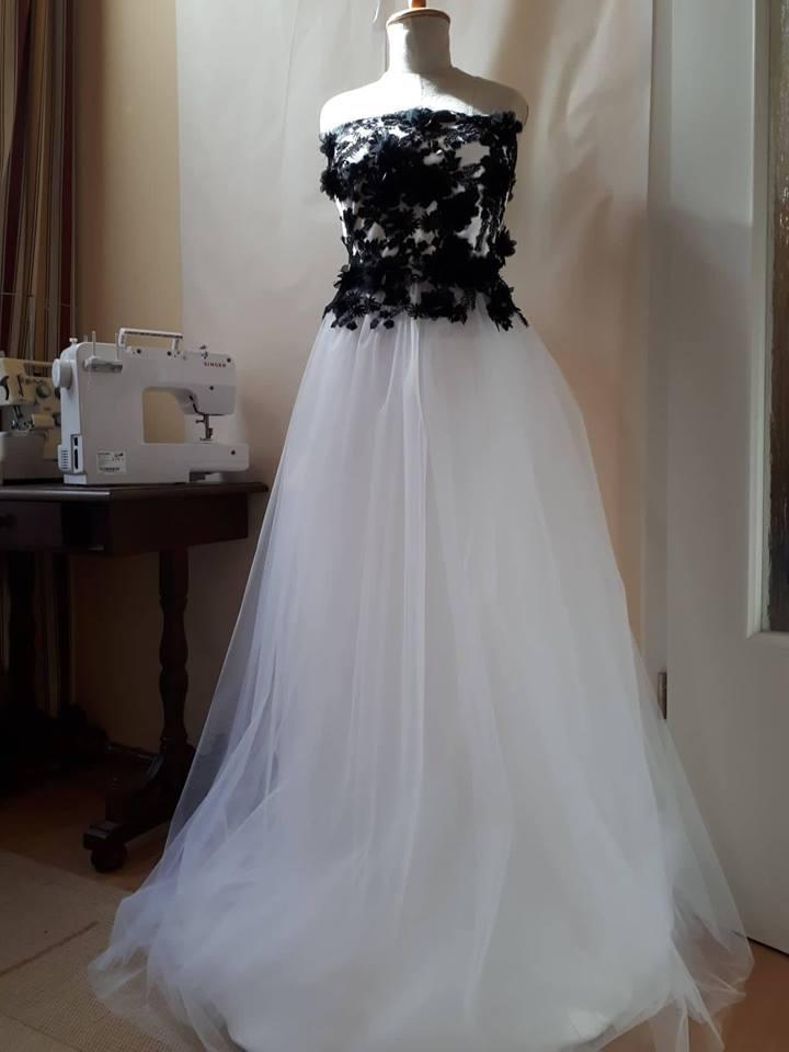 Esküvői ruhák - menyasszonyi b35d9caf17