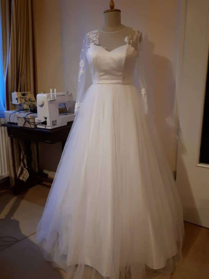 Fekete fehér, füstös menyasszonyi ruha Rieder Ágnes